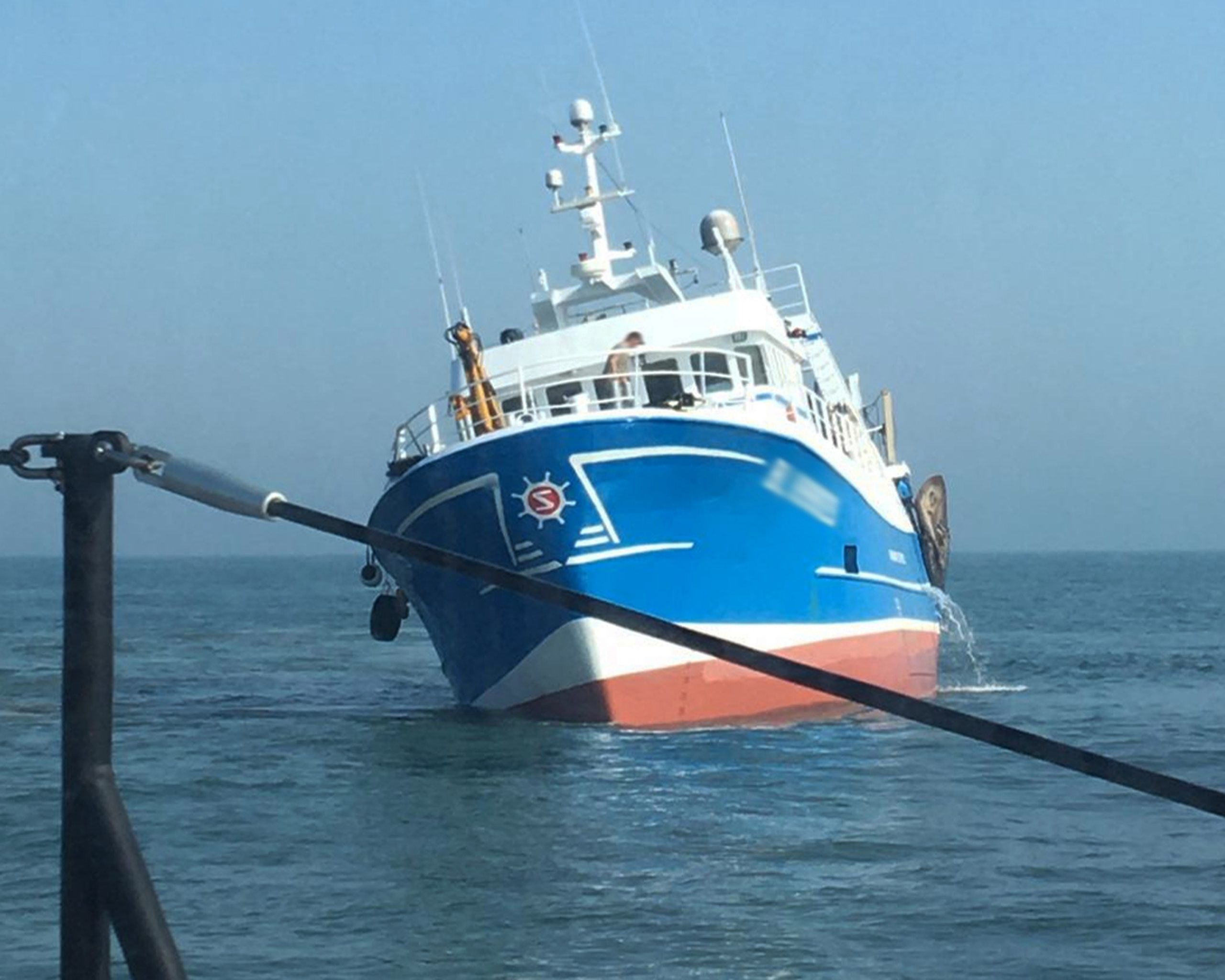 The grounded French-registered trawler off Corton: Photo: Lowestoft RNLI/Lucy Edmonds
