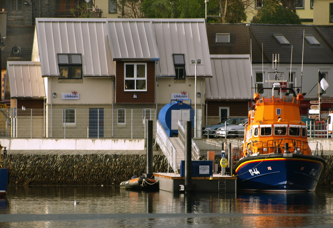 castletownbere rnli fishing vessel