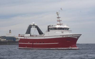 Macduff Shipyards delivers new build ENDEAVOUR V to Knockhead LLP