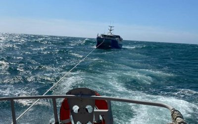 Ballycotton RNLI Lifeboat launched to fishing vessel off Cork Harbour