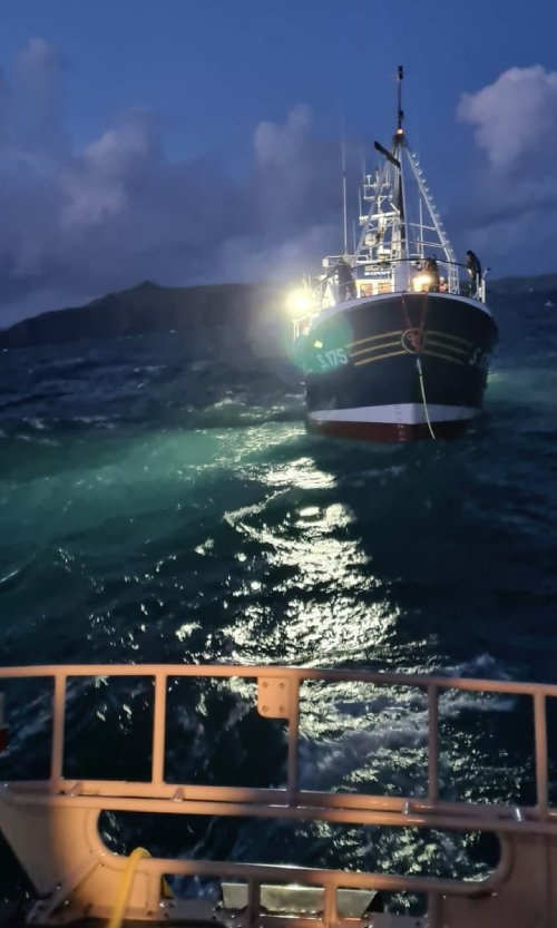 Castletownbere RNLI lifeboat launched to  assist a fishing vessel off Mizen Head. Photo: RNLI/Castletownbere
