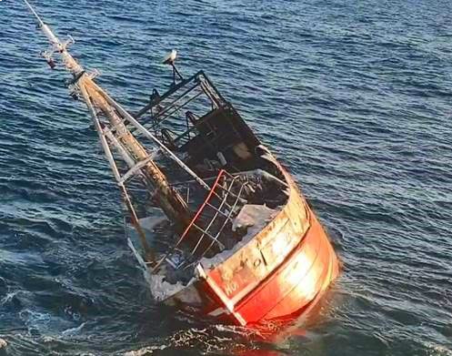The crew of the Horizon S 329 were forced to abandon their fishing vessel after it catches fire on the early hours off Old Kinsale Head,  Co Cork. Photo: R117