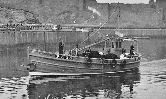 The Cellardyke Trust is undertaking the restoration of the pre-war wooden fishing vessel, the Manx Beauty, a 50ft ring-netter built in 1937