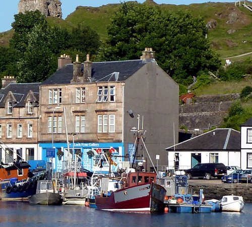 Fisheries Secretary, Mairi Gougen has has announced that the Scottish fishing industry has received nearly £17m in supports since January 2021