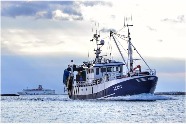 Swedish trawlers could be facing an exclusion zone of 12 nautical miles if the Center Party have their way according to a news report in the Skargarden.